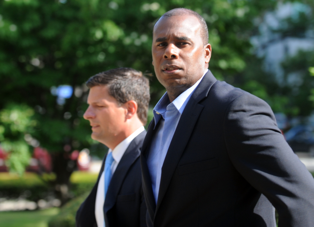 Former Long Island Ducks player Jose Offerman arrives at the federal courthouse in Bridgeport, Conn., on Thursday.