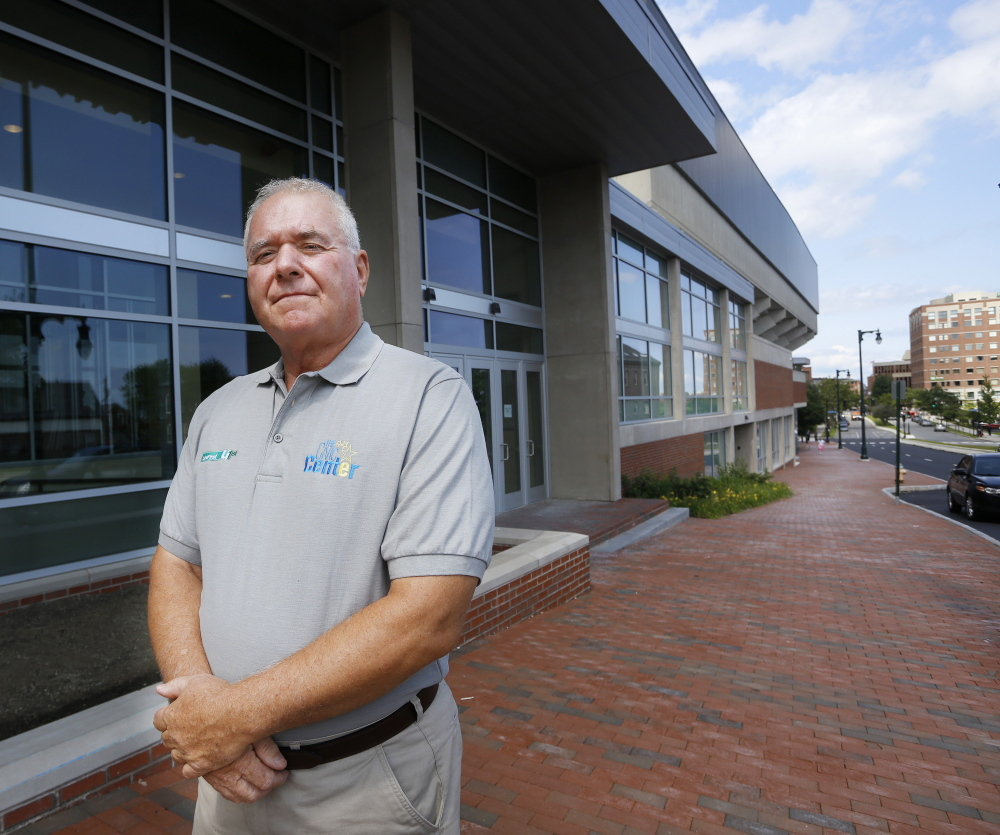Steve Crane brought common sense and the ability to read and understand people to his job as an arena general manager.