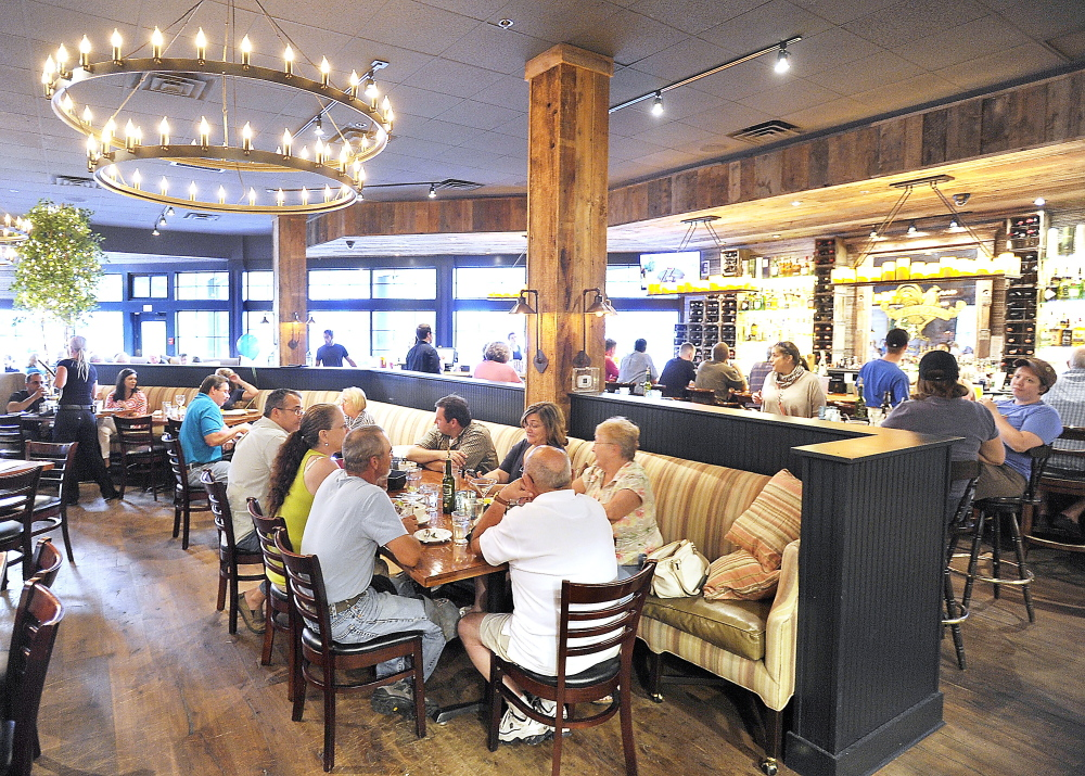Tuscan Brick Oven Bistro In Freeport Offers A Cool Wide Open E With Comfortable