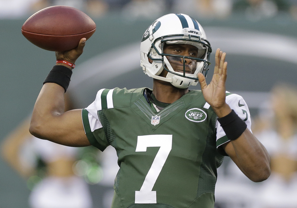 Jets quarterback Geno Smith hasn't shown the aptitude or the attitude to lead his team out of its morass this season.