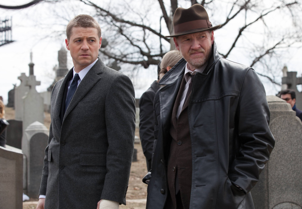 """This image released by Fox shows Ben McKenzie, left, and Donal Logue in a scene from """"Gotham,"""" premiering Sept. 24."""