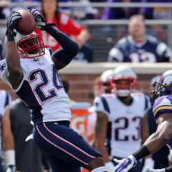 Cornerback Darrelle Revis, left, made his first interception as a Patriot in last Sunday's 30-7 victory over the Vikings.
