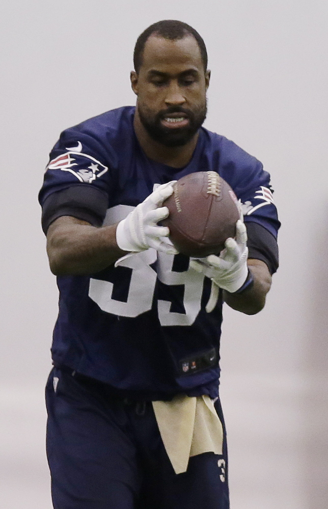 Cornerback Brandon Browner, all 6-foot-4 of him, could be a valuable addition to the New England Patriots' defensive secondary which, like the rest of the team, has struggled in the first month of the season.