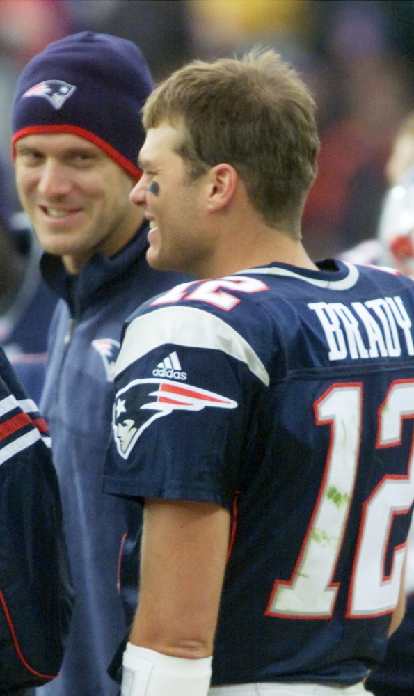 Tom Brady got words of encouragement from Drew Bledsoe when he started his first game against Peyton Manning and the Colts on Sept. 30, 2001.