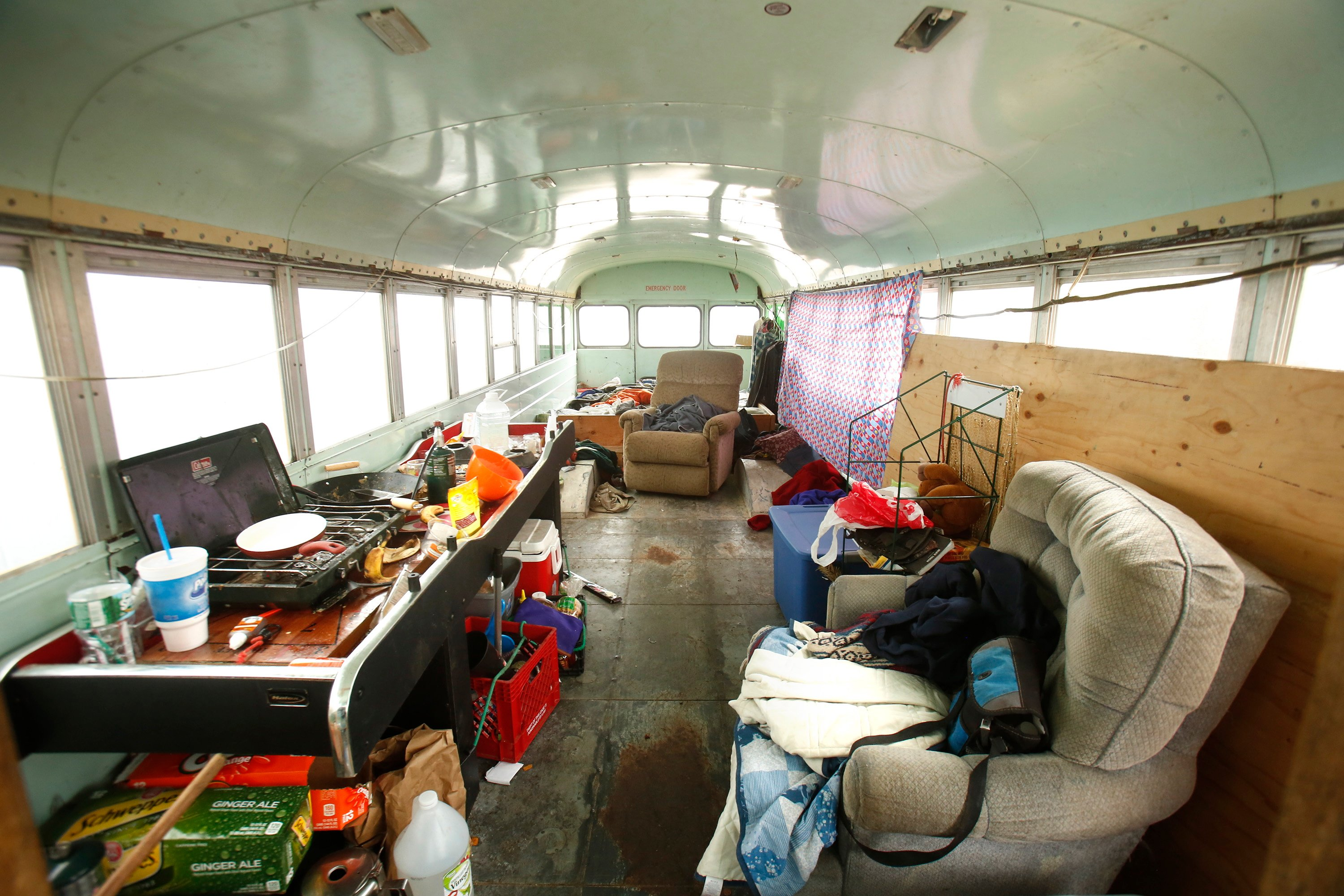 Nomad to stay in Maine longer, even with decrepit bus ...