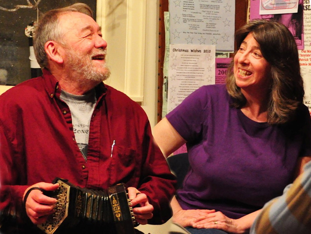 John Roberts and Debra Cowan will give a performance of traditional New England music Thursday at the Camden Public Library Coffeehouse.
