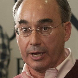 Bruce Poliquin speaks to his supports gathered at Dysart's in Bangor on Tuesday evening.