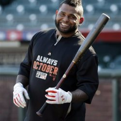 Pablo Sandoval takes batting practice in San Francisco in this  Oct. 18, 2014, photo The Associated Press