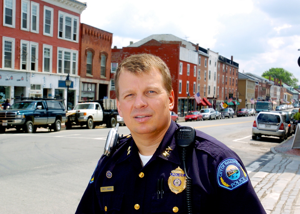 Hallowell Police Chief Eric Nason faced a friendly crowd on Monday, but councilors did not say if they will renew his job.