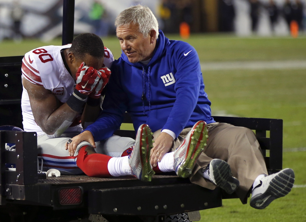 As Victor Cruz left the field after a knee tendon tear in an October game against Philadelphia, the New York Giants' season went with him. But he's looking ahead to next year, and teaming with Odell Beckham Jr.