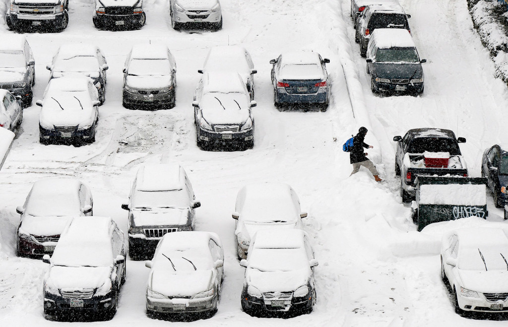 Yet more snow in southern maine press herald for Southern maine motors service