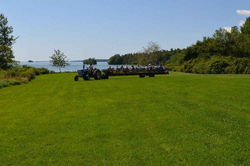 A Maine bill would require vehicles used to transport people on hayrides to be inspected.