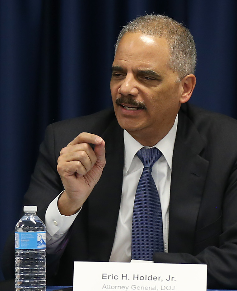 U.S. Attorney General Eric Holder's forfeiture rule revisions are drawing praise.