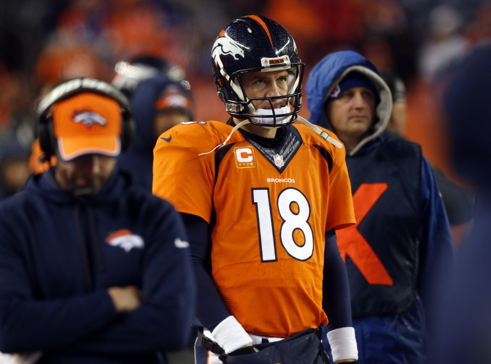 Quarterback Peyton Manning is skipping the Pro Bowl because his right thigh injury hasn't gotten much better in the week since the Denver Broncos were bounced from the playoffs.