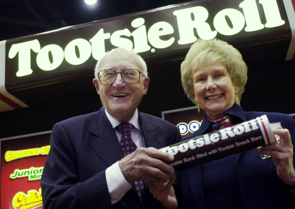 Melvin Gordon, CEO of Tootsie Roll Industries, and his wife, Ellen. Gordon, who ran the Chicago-based company for 53 years, died Tuesday at the age of 95.