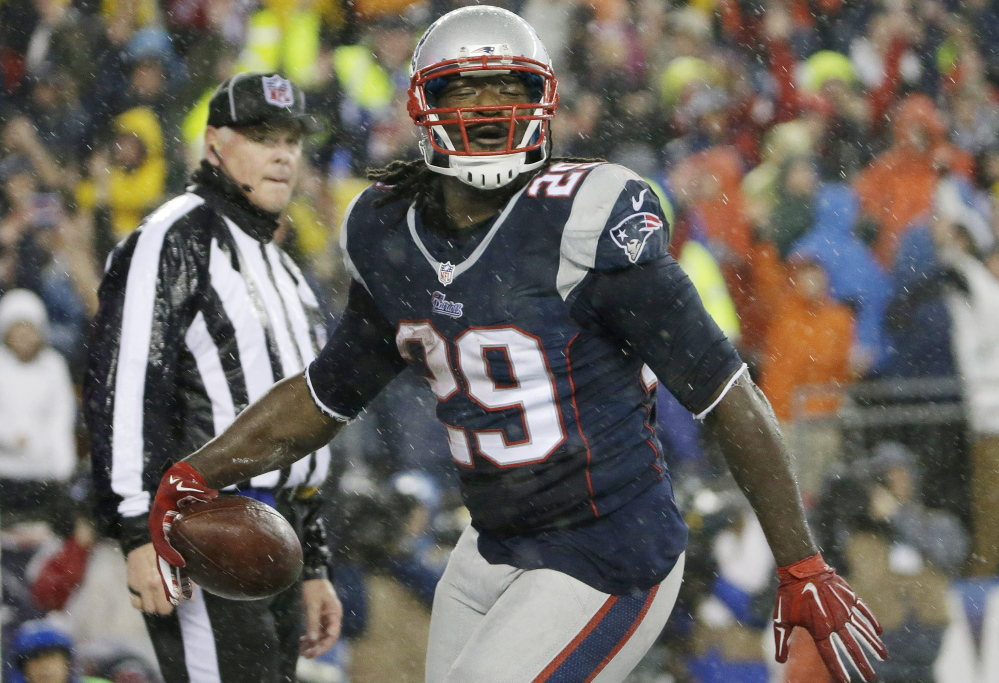 LeGarrette Blount was a running back for New England in 2013, left to join the Pittsburgh Steelers, then rejoined the Patriots in November. Now he's preparing to play in the Super Bowl. Beyond that, he's a high-energy player who's full of life.