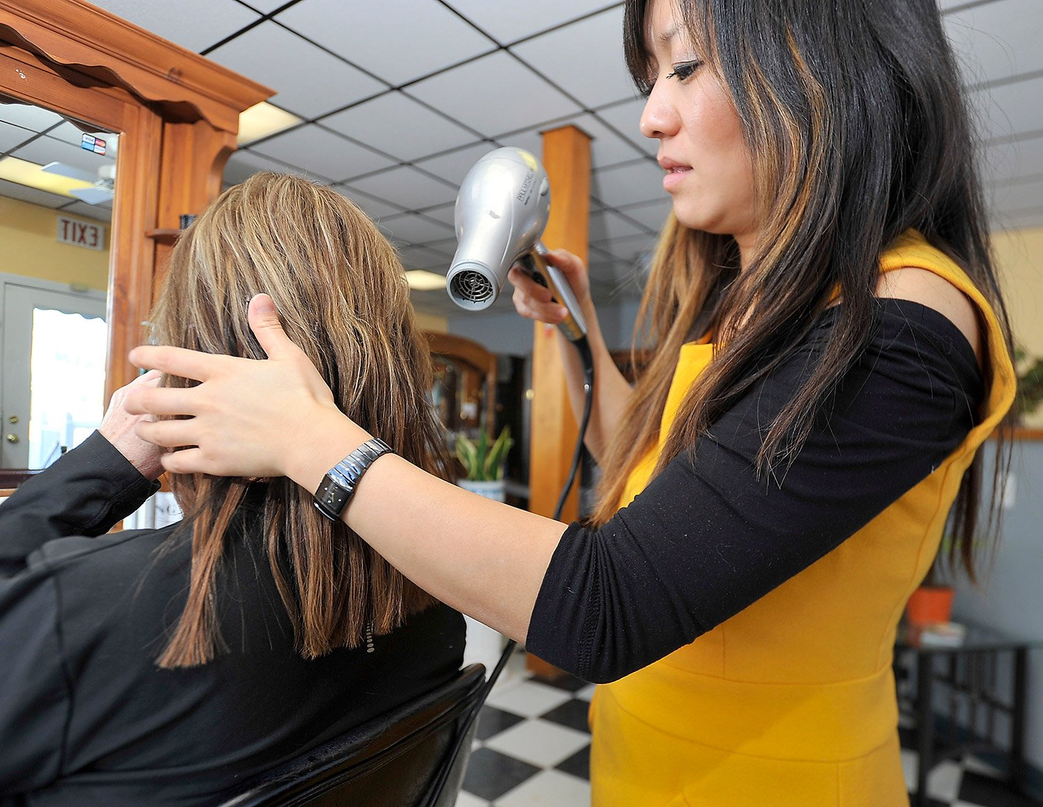 Hair extensions in maine tape on and off extensions hair extensions in maine 93 pmusecretfo Image collections