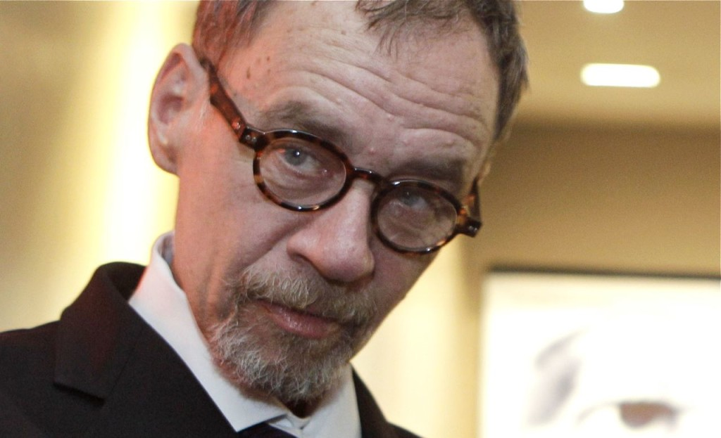 New York Times journalist David Carr arrives for the French premiere of the documentary