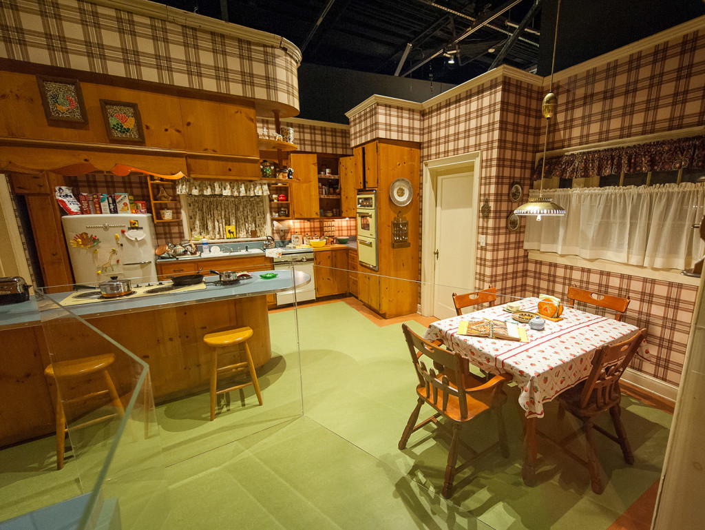 Mad Men N Y Exhibit Welcomes Visitors To Don Draper S