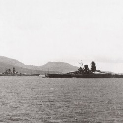Japanese battleship Musashi leaves Brunei in 1944 for the Battle of Leyte Gulf.