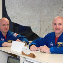 Astronauts Mark Kelly (right) and  his identical twin brother, Scott.