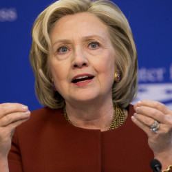 Hillary Rodham Clinton will look to connect with voters in small, intimate settings after she announces her candidacy for president in a video posted on social media Sunday.