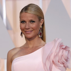 Actress Gwyneth Paltrow tried living on food stamps as part of a food bank challenge in New York.