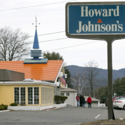 This Howard Johnson's in Lake George, N.Y., and another in Bangor are the last two operating under the famous name.