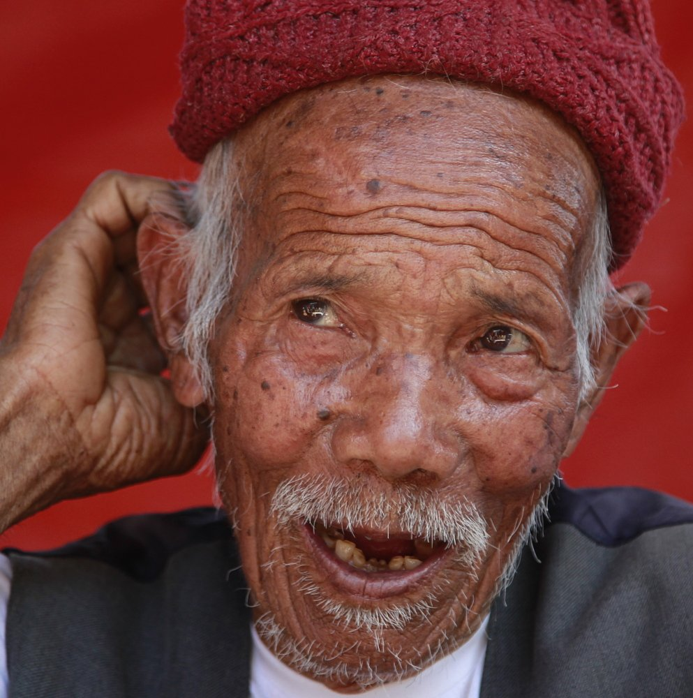 Funchu Tamang, who believes himself to be 101 years old, recounts how he suffered injuries in April's earthquake in Nepal. He also survived a bigger, magnitude-8 tremblor that leveled cities in 1934.