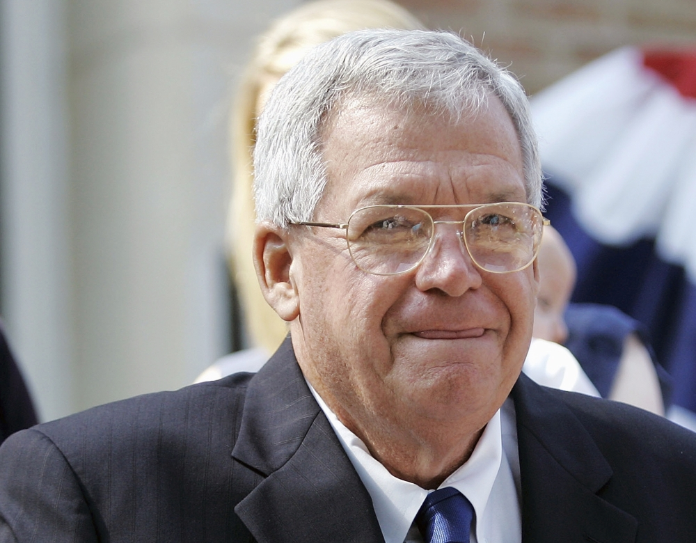 Woman Says Brother Had Sexual Relationship With Dennis Hastert 1