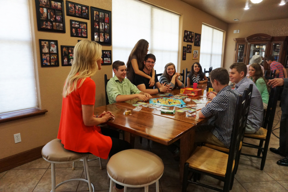 """Fox News Channel's Megyn Kelly sits down with the Duggar children of the TLC program """"19 Kids and Counting,"""" on Wednesday."""