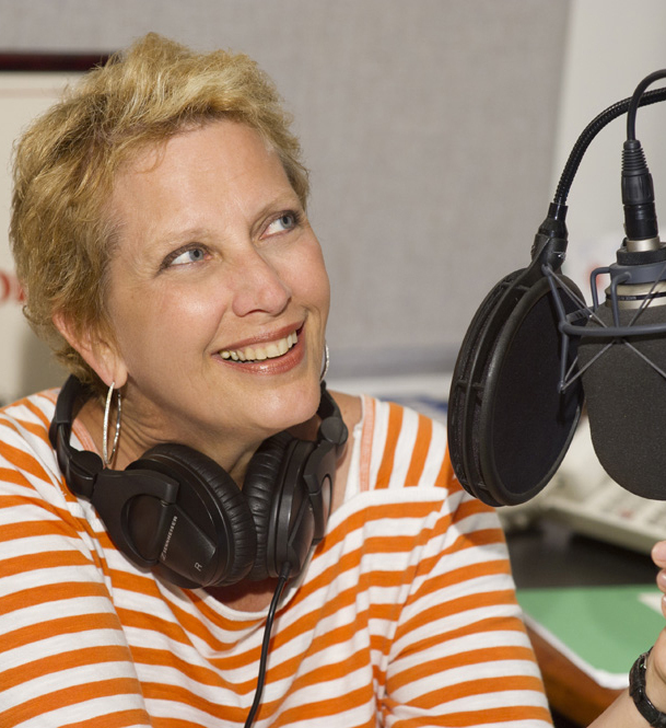 "Margaret Juntwait, who died Wednesday at 58, is remembered as ""the soul of the Met's radio broadcasts."""