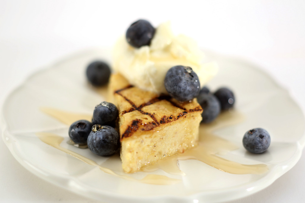 Grilled polenta with maple and fresh berries
