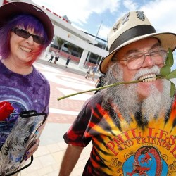 Fans at opening night of the Grateful Dead Fare Thee Well stadium concert Sunday in Santa Clara, Calif., received red roses and a special commemorative tag. A sea of fans in tie-dyed shirts is expected at the concerts in Chicago.