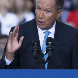 Gov. John Kasich cites his experience while launching his campaign Tuesday.