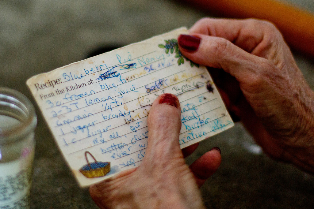 Nancy Sz Holds A Worn And Faded Recipe Card In Her Hands While Cooking Daughter Law S Gray Home Believes The Family Blueberry Pie