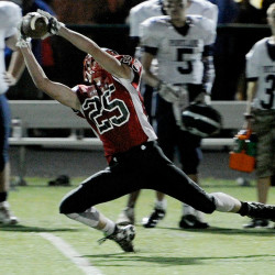 Scarborough's Connor Kelly stretches out to catch a long pass against Portland on Friday night.