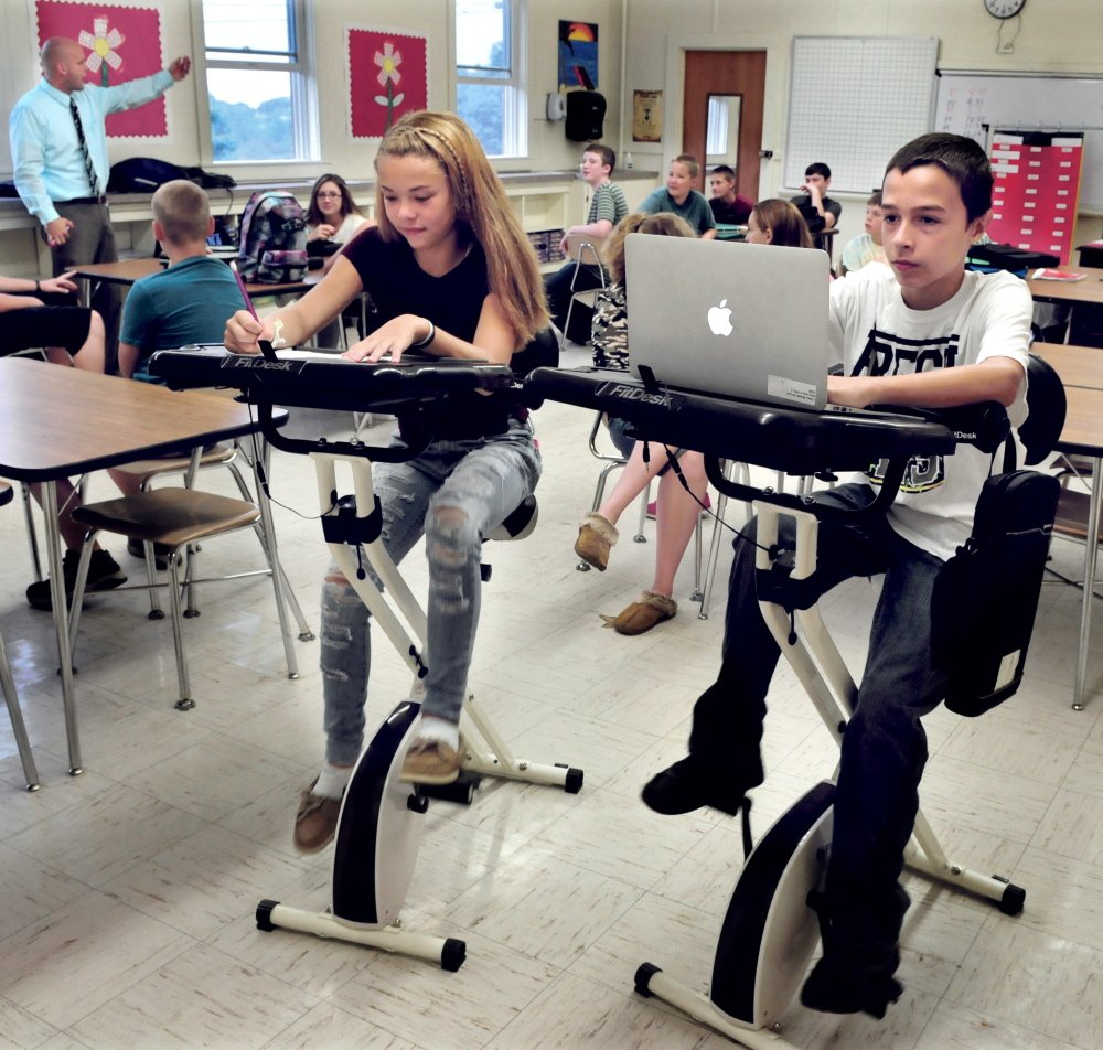 China Middle School Eighth Graders Morgan Presby And Colby Marston Study Pedal At The