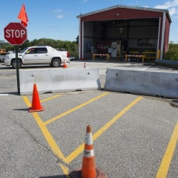 A Cape Elizabeth committee recommends redesigning  its transfer station.