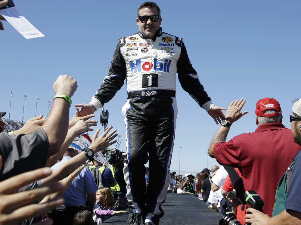 Tony Stewart is expected to announce his retirement from NASCAR racing on Wednesday.