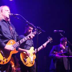 Warren Haynes at the State Theatre