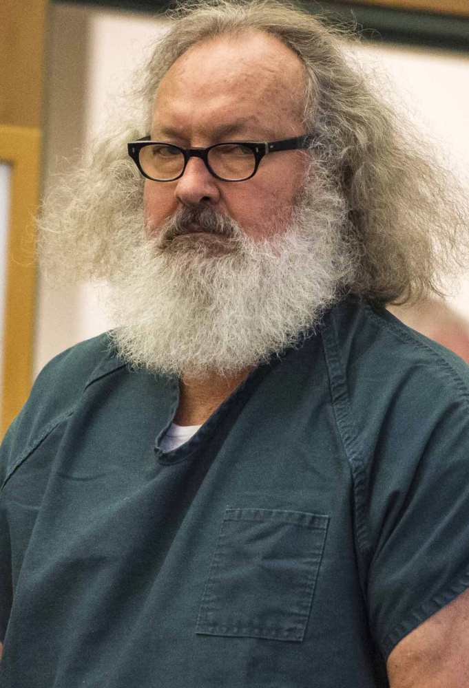 Vermont Dismisses Fugitive Charges Against Randy Quaid And