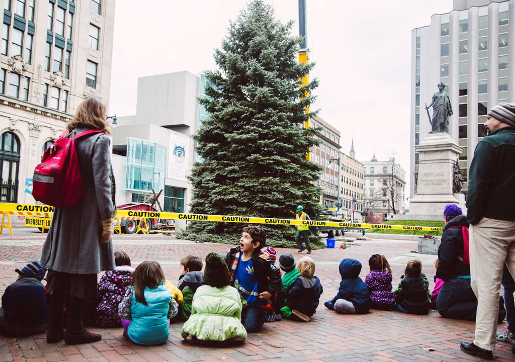portland s 2015 christmas tree arrives in monument square photos