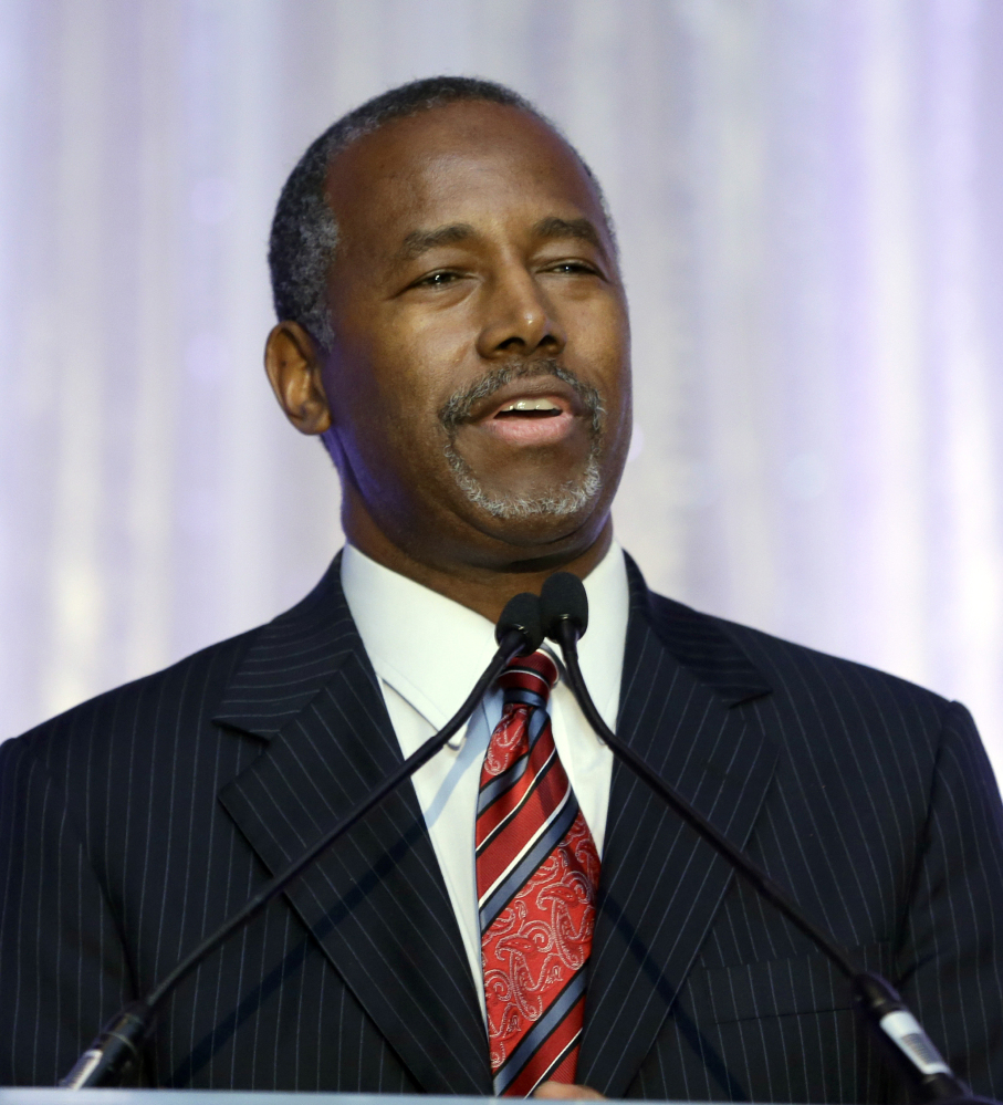 Republican presidential candidate Ben Carson traveled to Puerto Rico on Sunday to support the U.S. territory becoming the 51st state, saying that would strengthen the United States.