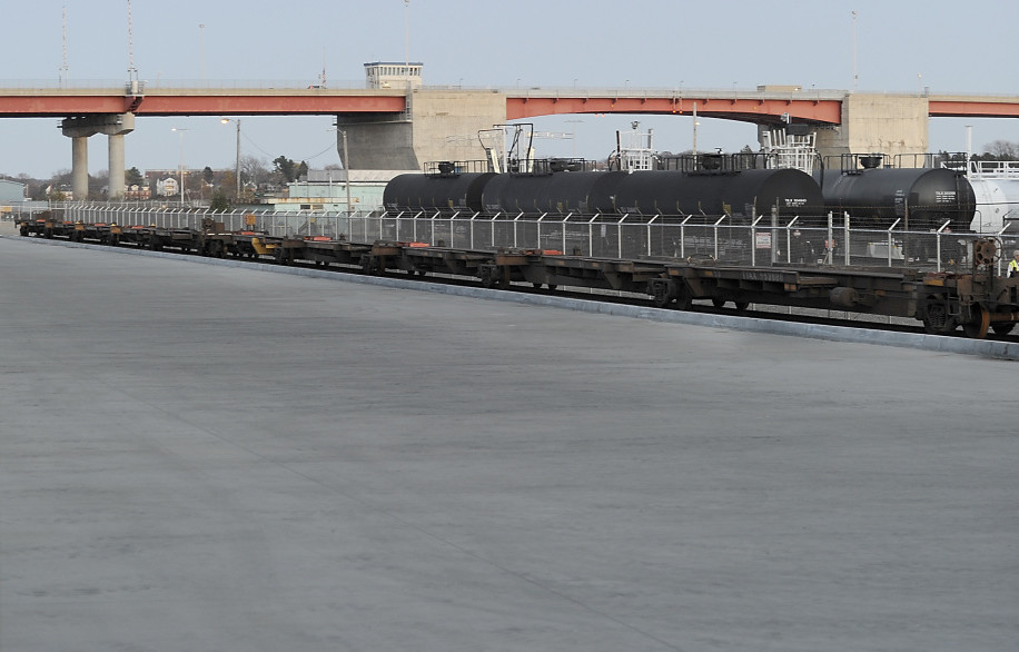 The NGL propane terminal must move from Commercial Street in Portland.