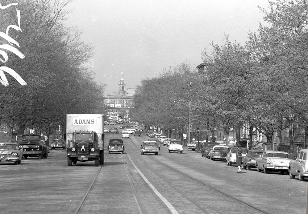 Park Ave Auto >> Flashback: Park Avenue in Portland, 1960 and 2015 ...
