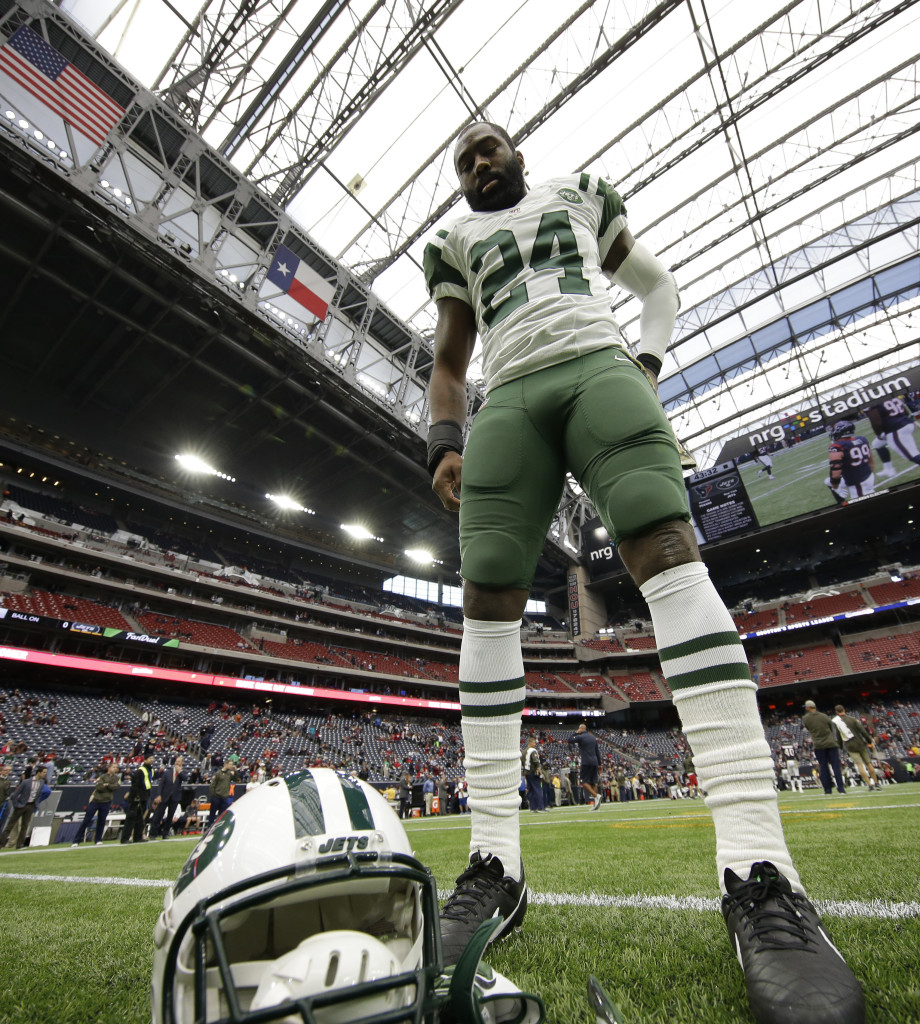 Darrelle Revis helped the Patriots win the Super Bowl last season, but returned to the Jets in the offseason and took with him a knowledge of New England's schemes he hopes will help him Sunday. File Photo/The Associated Press