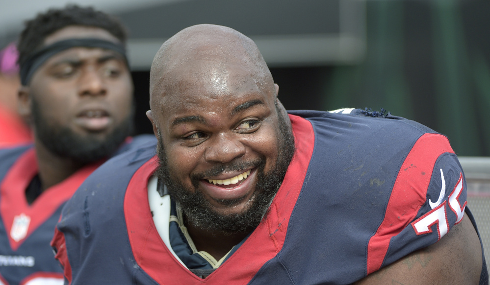 Houston's Vince Wilfork knows the Patriots well, but said he has no defensive insights on stopping Tom Brady.