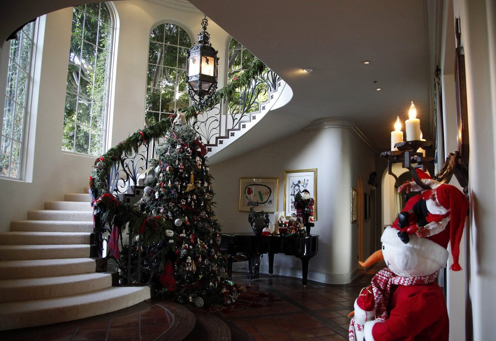 Realtors say holiday decorations can help sell a home.