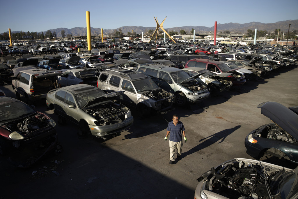 LA\'s giant Hollywood junkyard: A disappearing monument to pop ...